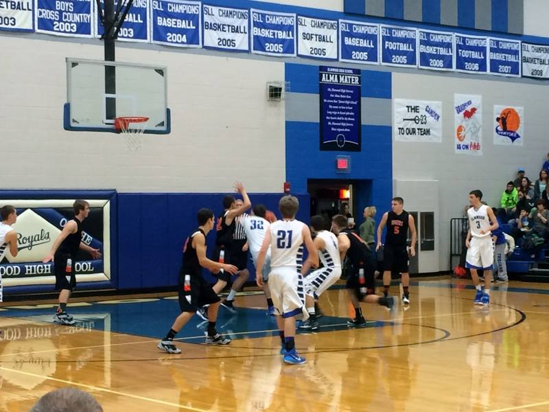 Tigers lose at Elmwood Saturday night
