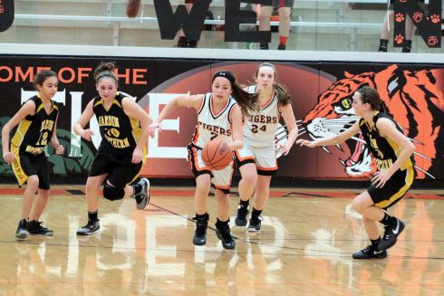 UPDATED – Lady Tiger 8th Grade B-ball photos vs. H – N