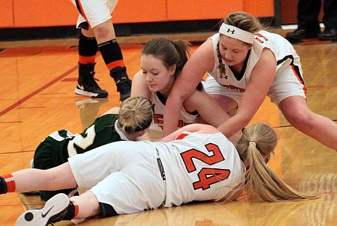Lady Tigers beat up on Ridgemont