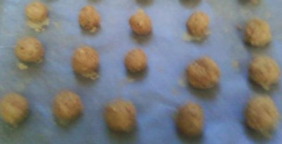 Maple balls, ready to be dipped