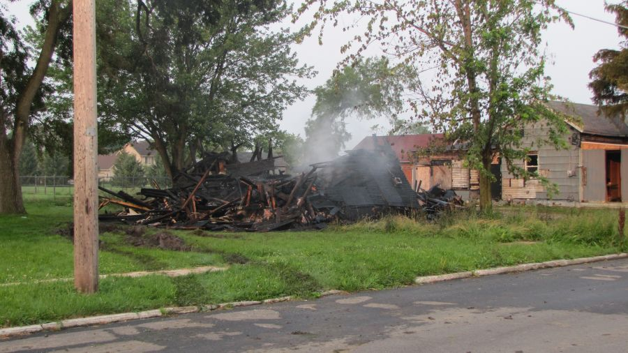 Early Morning Fire Destroys Vacant House in NB