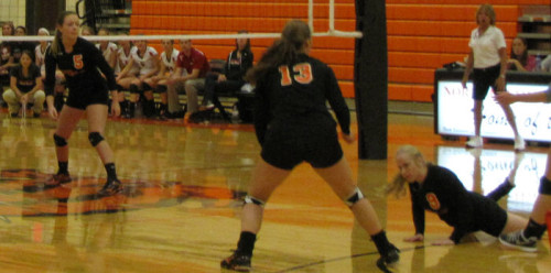 Emma Rister dives for the ball