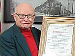 Citizen of the Year 2015 - Ralph Wolfe with Mike Julien Mayor certificate thumbnail