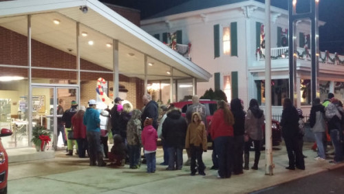 A long line had already formed before Santa got there