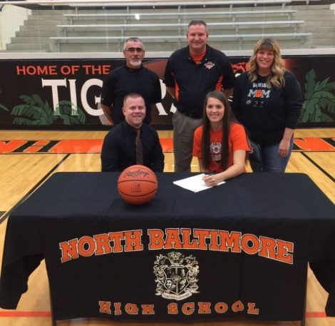 kiah-powell-signing-letter-with-malone-1