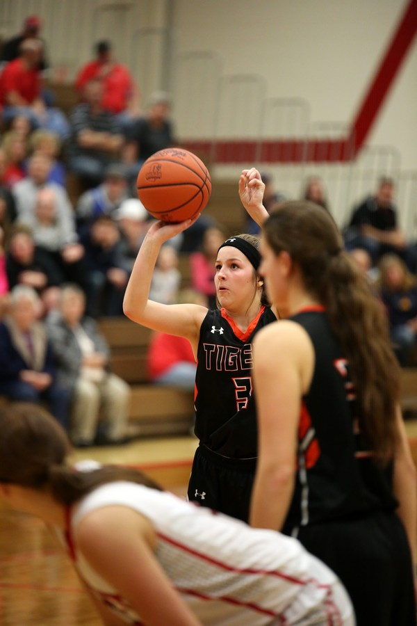 UPDATE – Lady Tigers WIN First Round of Tournament Play