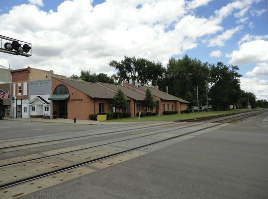 Whistle Stop Inn Building Changes Hands