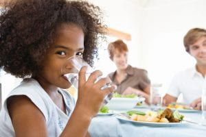 Chowline: Drinking more water can mean less calories for some kids