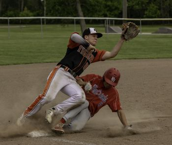 TIGERS LOSE IN SECTIONAL FINALS