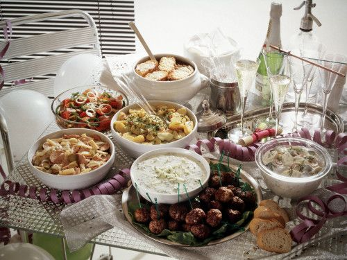 Chowline: How to handle diabetes during the holidays
