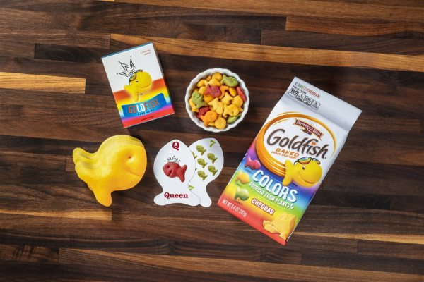 Goldfish Crackers Celebrates National Family Day with Exclusive Giveaway