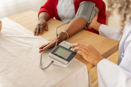 6 tips for controlling your high blood pressure